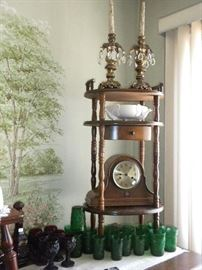 ANTIQUE CLOCK AND VINTAGE GLASSWARE
