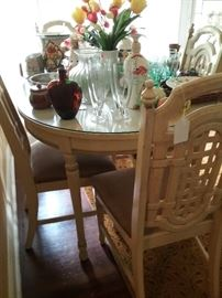 Dinette Set w/4 Chairs