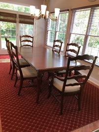 Great sized Kitchen Farm Table w/6  Chairs - (2) w/arms, (4) w/out. Don't miss the great rug either!