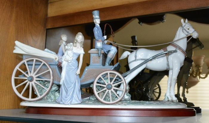 Lladro Carriage Figurine
