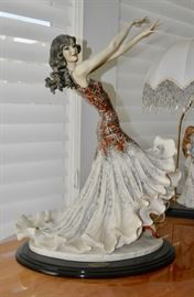 Giuseppe Armani Figurines