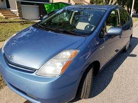 2007 Toyota Prius....249,000 highway miles. Runs great!