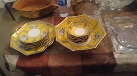 Noritake desert set 14 peices