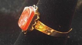 14 kt Gold antique cameo ring
