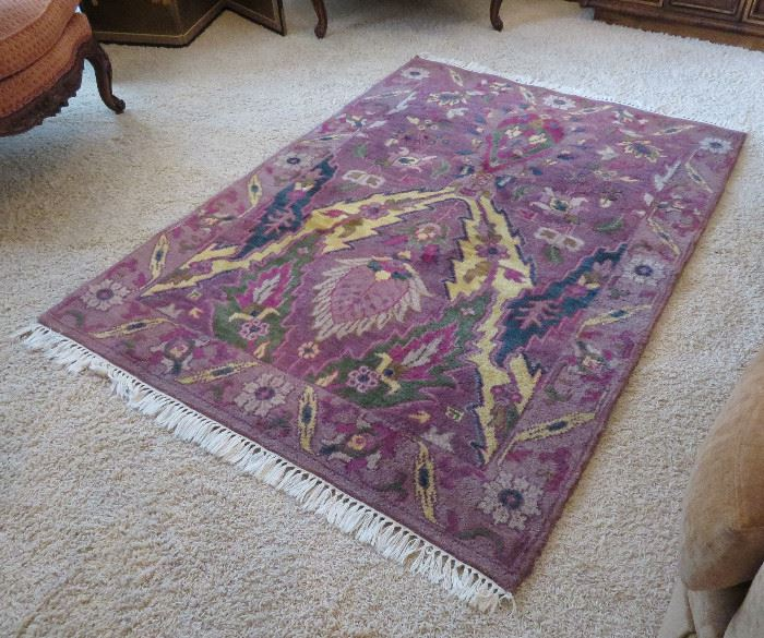 """Oriental rug - orchid color - 5'9"""" x 4'3"""""""