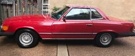 1985 Mercedes Convertible Approx. 68k miles in PRISTINE CONDITION!!!