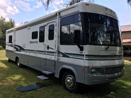 2004 Winnebago. In great condition!  Ready for your next adventure! Less than 56,000 miles!