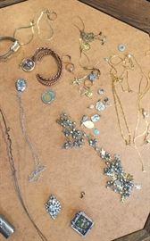 Vintage women's jewelry