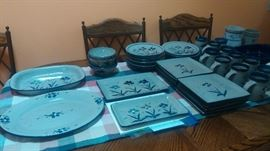 """Custom Made """"Conner's Pottery"""" Tim Conner potter from MN on FB. Sold as a set"""