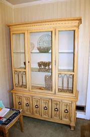 Broyhill Premier dining furniture (dining table with 8 chairs, china cabinet, and sideboard)