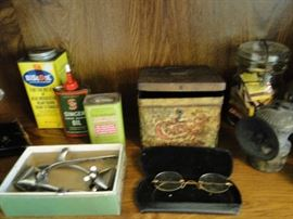 Antique hair clippers and containers