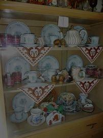 Sadler England teapot/ Ukraine  items