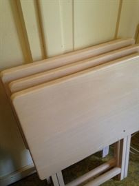 Light wood TV trays