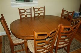 Dining room table with 6 chairs (has leaf)