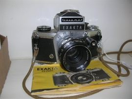 Exakta camera