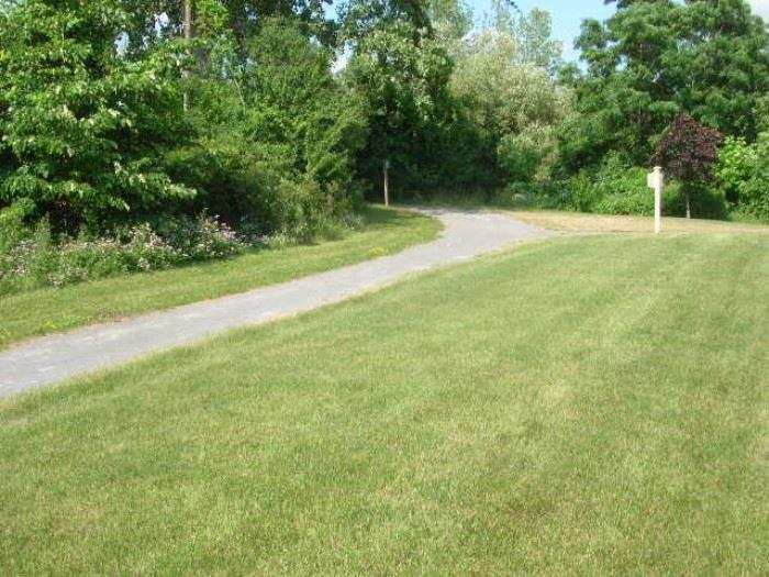 Path to condo