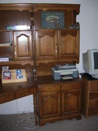 Corner desk and bookcase unit