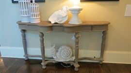 Gorgeous console table, some ceramic accessories, lamp etc