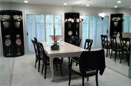 Dining Room Table with Built-in Leaf Opens to Double in Size!