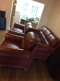 Fine Furniture Gallery leather sofa set