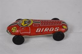 "Vintage 1950's Metal Toy Car - Made in Japan / ""birds"" metal toy made in Japan. No Manufacturer information available. Approx 3"" Long"