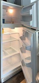 """Frigidaire 30"""" Refrigerator"""