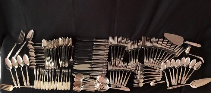 "Set Holmes & Edwards ""Danish Princess"" Flatware for Sixteen Plus Servers"