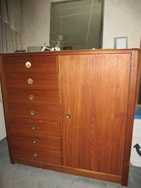 Mcm bedroom set