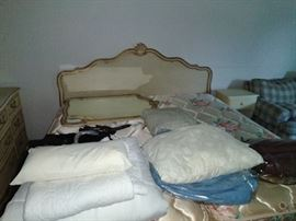 king size bed , linens, mattresses and box springs