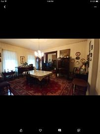 Beautiful Walnut Dining Room Set in great condition