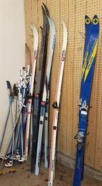 Snow skiis & poles