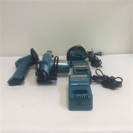Makita Grinders with accessories