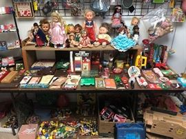 vintage games, dolls, figurines and toys