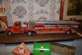 1950's Tonka Aerial Fire Engine MFD No.5