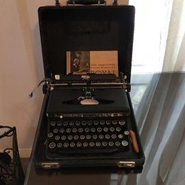 Royal Typewriter in Case