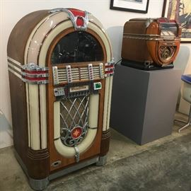 These Wurlitzer jukeboxes are part of the auction.
