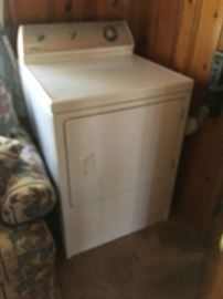 There is a matching Kenmore washer and dryer featured in this sale.