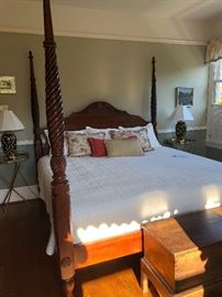 four poster king sized bed for sale