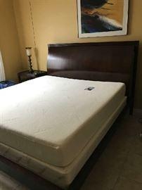 King Tempur-pedic mattress and boxspring