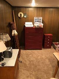 furniture dressers