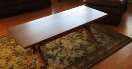 Vintage coffee table, rug