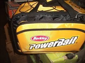 Berkley BATBLFW BER POWERBAIT TACKLE BAG (DAMAGED ...
