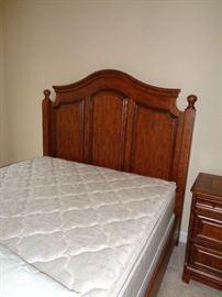 nice queen bed w/mattress, head & foot board