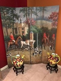 HAND-PAINTED HUNTING SCENE ROOM DIVIDER / SCREEN