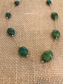 14K GOLD NATURAL GREEN EMERALD NECKLACE