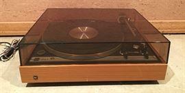 Vintage Dual 701 Turntable