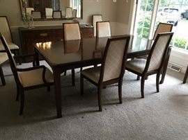 DAVIS Cabinet Company Dining Room Table w/3 Leaves, 10 Chairs ( 2 Arm & 8 Side)