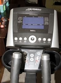 Life Fitness X3 Elliptical with  Whisper Stride Technology - Like New - Hardly Used!!!