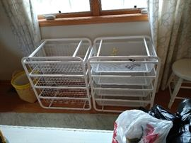 Wire sorting bins