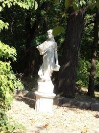 Gardenia statue